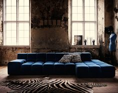 Designer Lotta Agaton brings a refined elegance to a Swedish country manor with a romantically crumbling aesthetic.