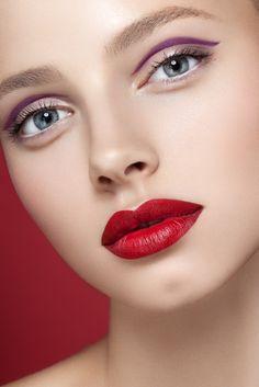 Les lèvres rouges... #TheBeautyHours