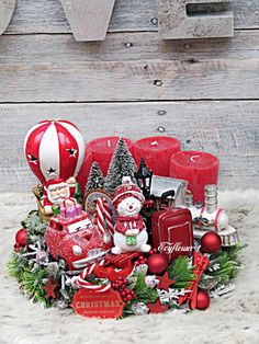 Winter Christmas, Christmas Wreaths, Christmas Decorations, Christmas Ornaments, Holiday Decor, Advent Wreath Candles, Pottery, Country, Ideas