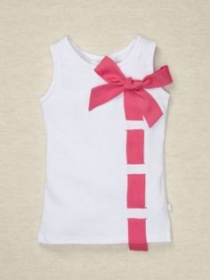 Bow tank DIY- this could be cute, but I don't own anything in that color, so I'd have to make my bow something other than pink. :P