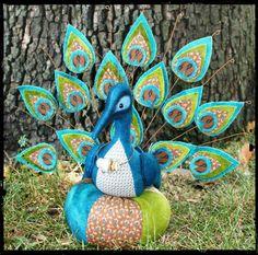 Primitive Folk Art Trinkets and Treasures Market Place Peacock Painting, Peacock Art, Peacock Design, Peacock Pattern, Peacock Colors, Primitive Folk Art, Primitive Crafts, Peacock Crafts, Sewing Accessories