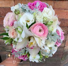 Floral Wreath, Wreaths, Wedding, Home Decor, Valentines Day Weddings, Decoration Home, Room Decor, Weddings, Mariage