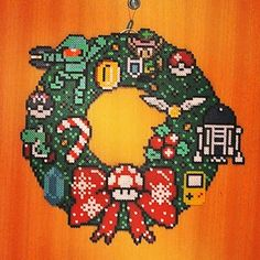 Geek Christmas wreath hama beads by two.stripes