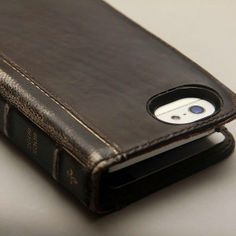 BookBook for iPhone5s