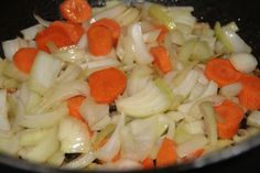 IMG_1546 Saute, Pasta Salad, Ethnic Recipes, Food, Meat, Cooker Recipes, Dutch Oven, Plate, Crab Pasta Salad