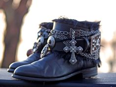 upcycled reworked cowboy boots from TheLookFactory on Etsy Gothic Outfits, Boho Outfits, Cute Outfits, Boho Clothing, Gothic Clothing, Boho Fashion, Fashion Shoes, Battle Jacket, Boot Bling
