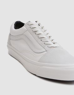 fa6b3b70287abf Old Skool LX from Vans in Blanc de Blanc On Shoes
