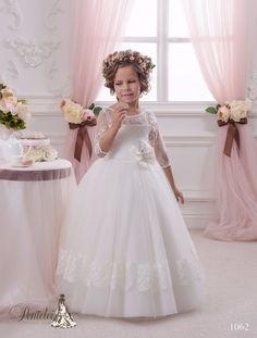 74.25$  Buy here - http://ali8ko.worldwells.pw/go.php?t=32719135590 - Holy First Communion Dresses Floor Length Tulle Ball Gown Infant Girl Pageant Baby Christening Dress Stunning Dresses 0-12 Year