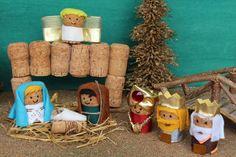 Snowman Christmas Decorations, Christmas Nativity, Christmas Wood, Wine Cork Ornaments, Wine Cork Crafts, Nativity Ornaments, Nativity Crafts, Holiday Crafts For Kids, Christmas Crafts