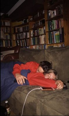 Home - Relationsh*t Addicts 💙📌👇Thoughtful Relationship Truths gifts, quotes, ideas & inspiration? Cute Couples Photos, Cute Couple Pictures, Cute Couples Goals, Sweet Love Pictures, Teen Love Couples, Couple Goals Teenagers, Baby Boy Pictures, Couple Ideas, Beautiful Pictures