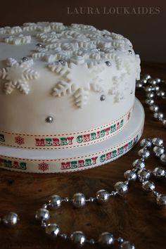 Christmas Cake. snowflakes (thick cut)