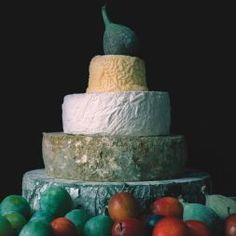 Beth Cheese wedding cake
