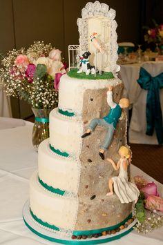 Rock climbing wedding cake, pet wedding cake Square Wedding Cakes, Themed Wedding Cakes, Wedding Cake Toppers, Rock Climbing Wedding, Rock Climbing Cake, Bomb Cake, Foundant, Escalade, Fancy Cakes