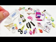 DIY Miniature Doctor`s kit - Medicine Doll Crafts Doll House Crafts, Doll Crafts, Miniature Crafts, Miniature Dolls, Miniature Tutorials, Barbie Dream, Barbie House, Barbie Dolls Diy, Barbie Clothes