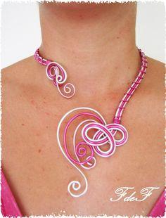 collier noir rose et argent | Collier en fils d'aluminium rose et argent : Collier par les ...