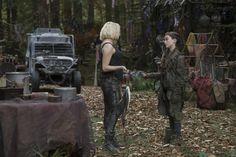 "Clarke Griffin and Madi in 5x01 ""Eden"""