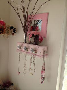 pink wall box
