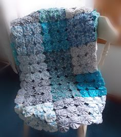 Blue Teal Yo-yo quilt yoyo blanket handmade- love the grey and blue combo