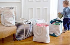 8 Decluttering Lessons Learned from the Marie Kondo book You are in the right place about tidy up videos Here we offer you the most beautiful pictures about the tidy … Home Organisation, Closet Organization, Dresser In Closet, Drawer Dividers, Come Undone, Tidy Up, Love Home, Minimalist Living, Getting Organized