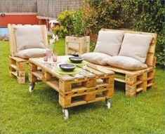 39 Ideas about Pallet Outdoor Furniture for Modern Look Wooden Pallet Furniture Pallet Lawn Furniture, Pallet Furniture Designs, Outdoor Furniture Plans, Diy Garden Furniture, Outside Furniture, Pallet Designs, Furniture Making, Furniture Ideas, Wooden Furniture