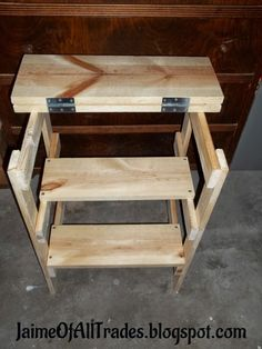 Jaime of All Trades: DIY Workshop Step Stool - Find out how to make your own step stool that transforms to a table. It's a perfect addition to any #BuildCave