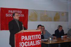 Ospite Ciro Fiorentino Coordinatore del Partito dei Comunsti Italiani durante il suo intervento al Congresso del Partito Socialista di Alessandria.