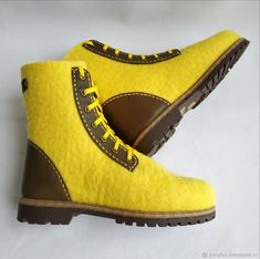 Felt Shoes, Felted Slippers, How To Make Shoes, Timberland Boots, Shoe Boots, Art Prints, Fashion, Shoes, Felt