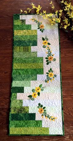 Sunny Days Table Runner