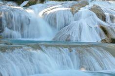 Agua Azul vízesések. Chiapas (Mexikó)