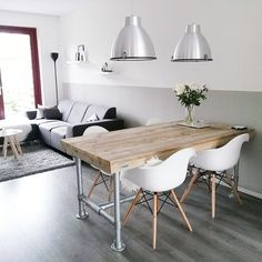 For a similar look, use Colorhouse WATER .06 in a color-block pattern for a modern and chic living space.