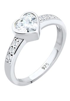 """Bezaubernder Ring aus feinem 925er Sterling Silber mit einem eingefassten Zirkonia in Herzform (6mm) und weiteren 6 runden Zirkonia (1.5mm) in strahlendem Weiß besetzt.  Weitere Hilfe zur Ringgröße:  Angegebene Größe in mm entspricht """"Ring Innen-Umfang"""", Umrechnung in """"Ring Durchmesser Ø"""" wie folgt:  52mm Umfang = 16,5mm Ø 54mm Umfang = 17,2mm Ø 56mm Umfang = 17,8mm Ø 58mm Umfang = 18,4mm Ø  Pr..."""