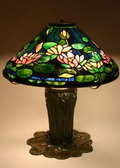 Items similar to Tiffany Water Lily Lamp Reproduction on Etsy