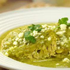 Cómo hacer Tortitas de Pollo en Salsa Verde - Nosy Tutorial and Ideas Mexican Chicken Recipes, Mexican Dishes, I Love Food, Good Food, Yummy Food, Deli Food, Cooking Recipes, Healthy Recipes, Food Dishes