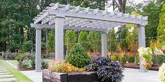 Modern pergola designs to shade your outdoor living area. Diy Pergola Kits, Cheap Pergola, Pergola Designs, Pergola Ideas, Pergola Canopy, Pergola Shade, Pergola Patio, Patio Grill, Patio Roof