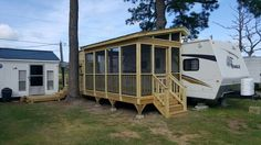 Porch on a camper by leisure time decking greensboro nc . Porch For Camper, Rv Shelter, Trailer Deck, Rv Homes, Travel Trailer Remodel, Camper Trailers, Travel Trailers, Camper Life, Rv Life