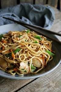 Gebratene Nudeln wie vom Lieblings-Chinesen – Blueberry Vegan