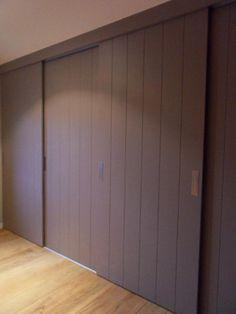 Ideas For Bedroom Design Wardrobe Armoires Kitchen Sliding Doors, Sliding Wardrobe Doors, Bedroom Wardrobe, Home Bedroom, Bedrooms, Build A Closet, Rustic Apartment, Hallway Designs, White Bedroom Furniture