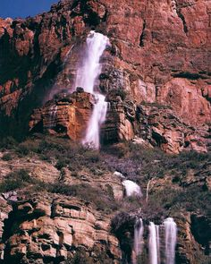 Looking for the best waterfalls in Arizona? Check out our guide for must-see waterfall hikes around the Grand Canyon State. Arizona Road Trip, Arizona Travel, Tourist Spots, Vacation Spots, Vacation Ideas, Tucson Hiking, Arizona Waterfalls, Waterfall Hikes, Road Trip Destinations