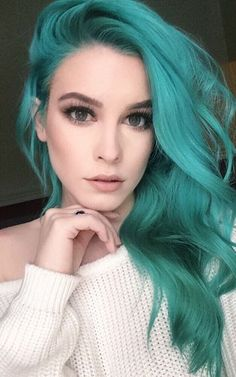 30 Teal Hair Dye Shades und Looks mit Tipps für Going Teal Teal Hair Dye, Hair Dye Shades, Dye My Hair, New Hair, Teal Hair Color, Hair Colors, Unique Hair Color, Color Blue, Love Hair