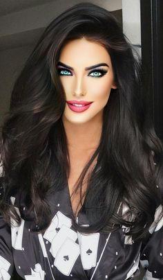 Most Beautiful Faces, Stunning Eyes, Gorgeous Women, Beauty Full Girl, Beauty Women, Glossier Girl, Dangerous Woman, Hot Brunette, Pretty Face