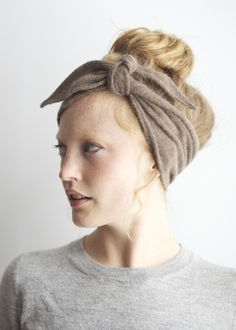 indigo alpaca head tie. likin this look. not convinced it wouldn't look ridiculous on me in real life though.
