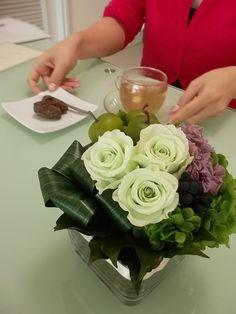 Preserved Flower Glass Vase Arrangement