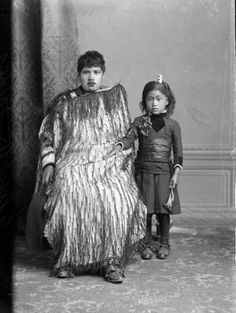 Carte de visite portrait of a Maori woman and child taken 18 January 1892 by Samuel Carnell Polynesian People, Polynesian Culture, Maori People, Maori Art, Women Names, India, Mother And Child, My People, Black History