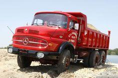 5e Historisch grondverzetevenement was deze prachtige Mercedes te aanschouwen