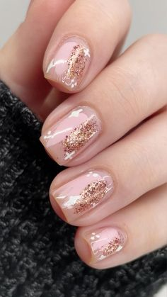 Cute Acrylic Nails, Acrylic Nail Designs, Nail Art Toes, Gel Manicure Designs, Gold Nail Art, Nail Polish Designs, Glitter Nail Art, Classy Nails, Stylish Nails