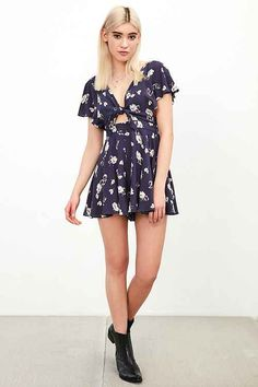 New and Latest Dresses + Rompers - Urban Outfitters