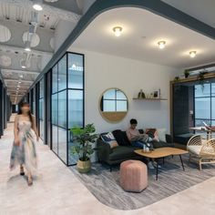 Spearheaded by CapitaLand, The Workshop is a shared work environment that offers a variety of different spaces and features for rental, catering to individuals or businesses that require small and affordable spaces to perform their business demands.