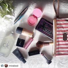 "@mirabed nos manda esta foto 💕 los clutch Caña de Azúcar son lo máximo 🙋🏼🙌🏼 #Repost @mirabed with @repostapp. ・・・ ""Losing you hurt, but losing my makeup bag will be a tragedy"" 💋💄 #makeup #makeupbag #mac #lipstick #makeupjunkie #makeupforever #cañadeazucar #diseñoMexicano #mexico"
