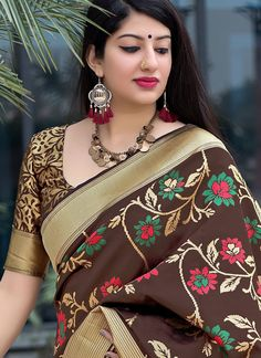 Buy stylish and trendy saree, from our wide range of saree online. Shop this divine multi colour traditional designer saree for festival, party and wedding Beautiful Blonde Girl, Beautiful Girl Photo, South Indian Actress Hot, Most Beautiful Indian Actress, Beauty Full Girl, Beauty Women, Cute Celebrity Couples, Bollywood Girls, Stylish Girl Pic