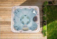 Brandneu 2020 - Machen Sie es sich zuhause gemütlich! Cleaning Hot Tub, Jacuzzi, Massage, Innovation, Energy Efficiency, Serenity, Bathtub, Outdoor Decor, Hot Tubs